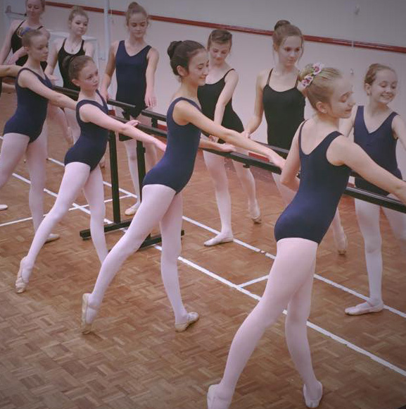 Ballet Dance Class - Footlight Performance Academy, RAD, Royal